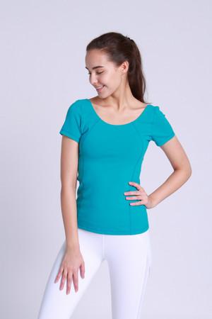A81Y1127 / Yoga wherever 挖背短袖練習上衣